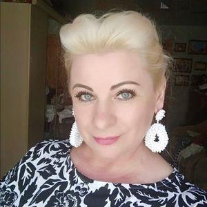 boutique Jewelry - Brand new!!!!!  Boho white resin beaded earrings